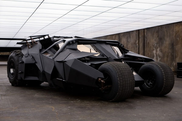 54cfda2d86cb7_-_batmobile-75th-03-0714-de.jpg
