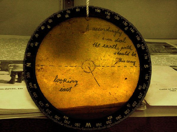 Ed Leedskalnin's moon phase device