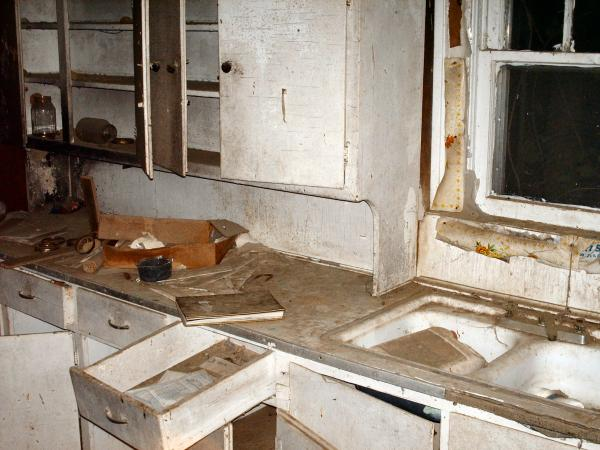 Abanoned House - Kitchen