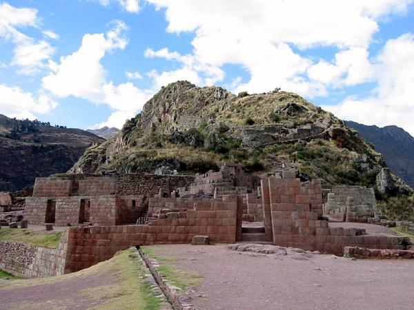 Inca Stonework Ruins