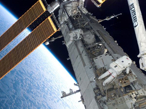 NASA STS-118 (5)