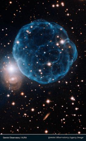 Elegant Beauty of Planetary Nebula Discovered by Amateur Astronomer