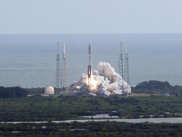Atlas V Roars, MSL Mars Bound