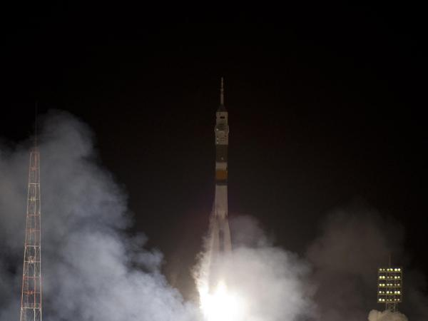 Expedition 30 Lifts Off