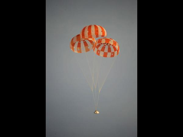 Orion Parachute Drop Test, Feb. 29