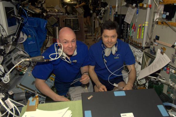 Andr� and Oleg prepare for ATV-3