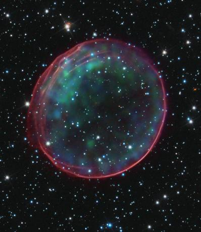 Hubble Solves Mystery on Source of Supernova in Nearby Galaxy