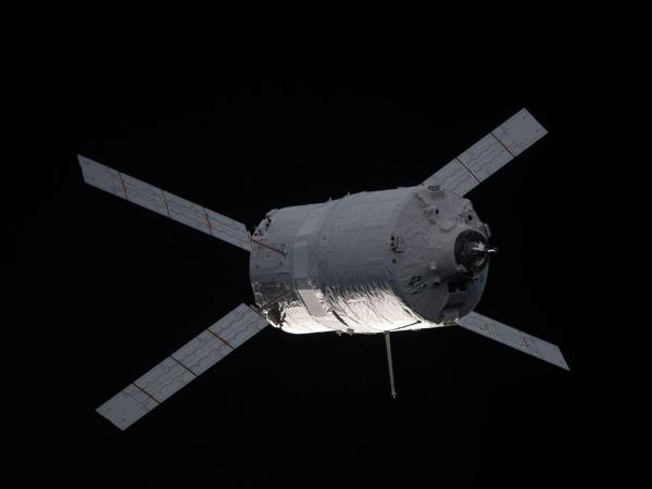 The ATV-3 Approaches the Station