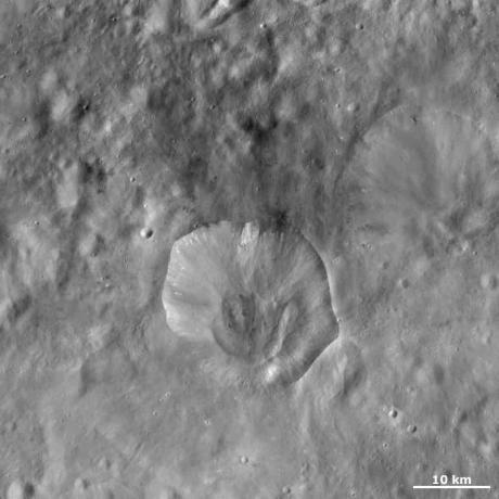 Vesta - Drusilla crater