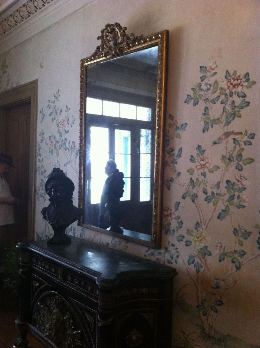 Pics taken at myrtles plantation mirror - Unexplained ...