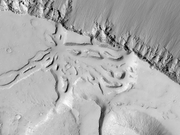 Mars Reconnaissance Orbiter - Landforms Near Grota Valles