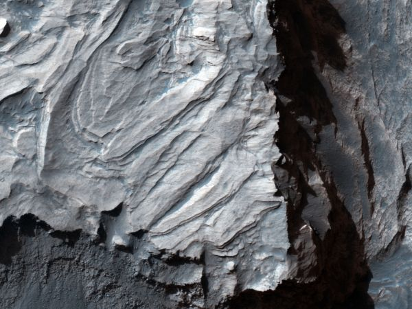 Mars Reconnaissance Orbiter - Breccia with Large Clasts