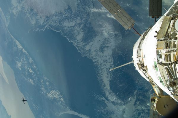 Northwestern Pacific Ocean (NASA, International Space Station, 04/27/12)