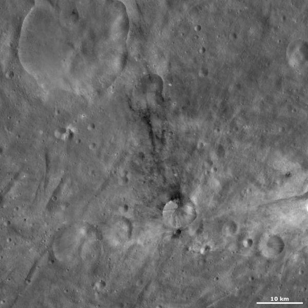 Vesta - Sossia crater