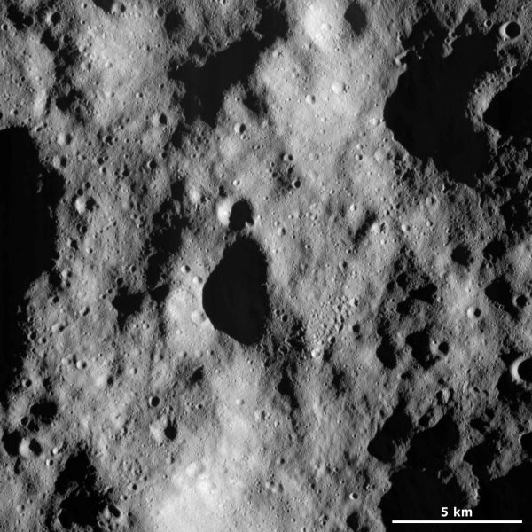 Vesta - Cratered terrain