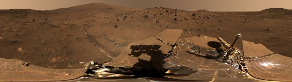 Spirit Mars Rover in 'McMurdo' Panorama