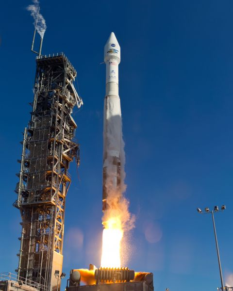 Landsat Spacecraft Launches