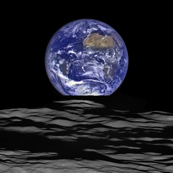 New High Resolution Earthrise Image