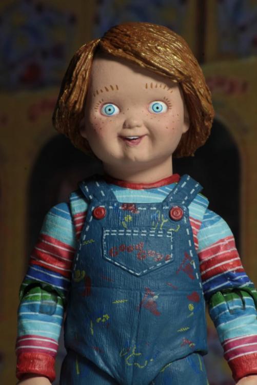 42112-Ultimate-Chucky9-900x1349.thumb.jpg.73b5802a96ea8e247b8d79e024a2f467.jpg