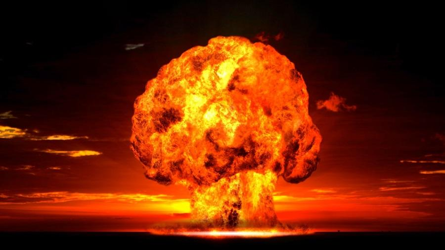 76 zentner_nuclear_weapons.jpg