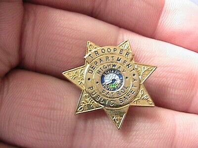 american badge.jpg