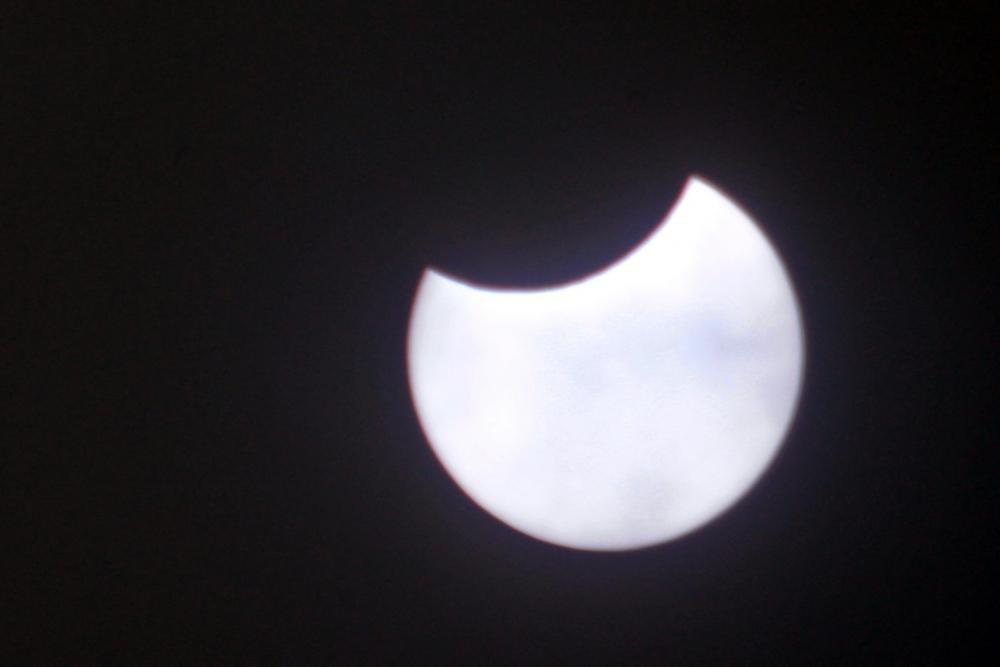 663907180_PartialSolarEclipse10.6_2111_00.thumb.JPG.b8d0bb5b82e57ef4d2bf92ffd4ed7282.JPG