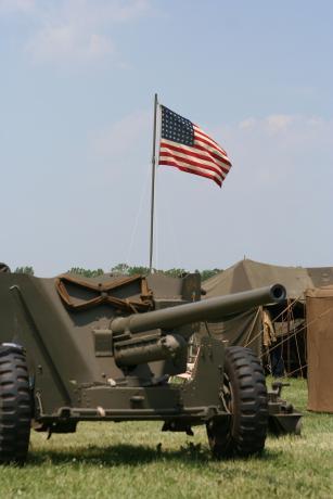 American Artillary Gun