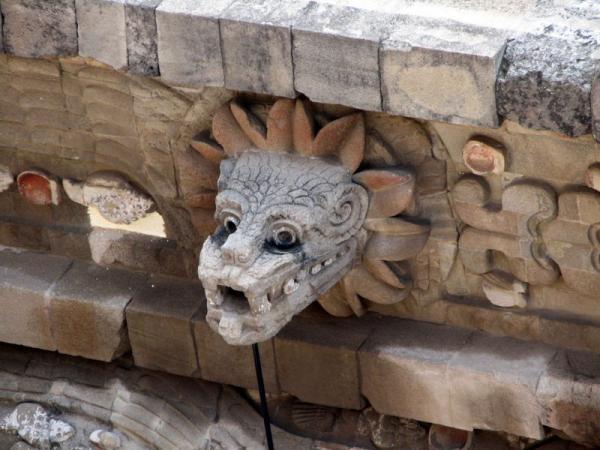 Quetzalhead carving