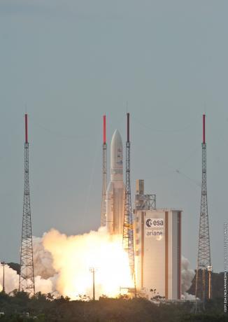 Ariane 5's third launch of 2011