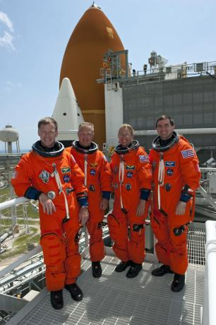 The Final Space Shuttle Mission: STS-135 - Crew Completes Pad TCDT