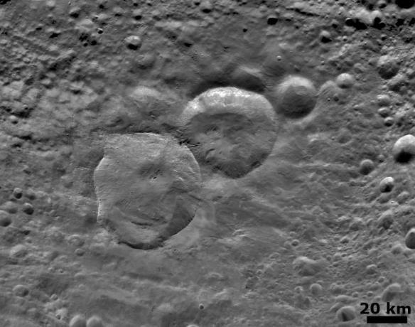 Vesta - Detailed 'Snowman' Crater