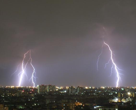 Bangkok Lightning 27/5/2011