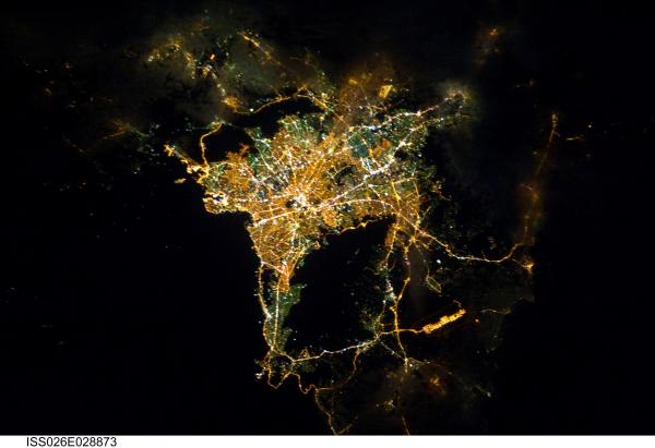 Tracking cities at night from the Space Station - Athens