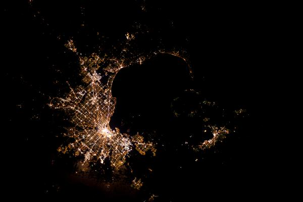 Tracking cities at night from the Space Station - Melbourne