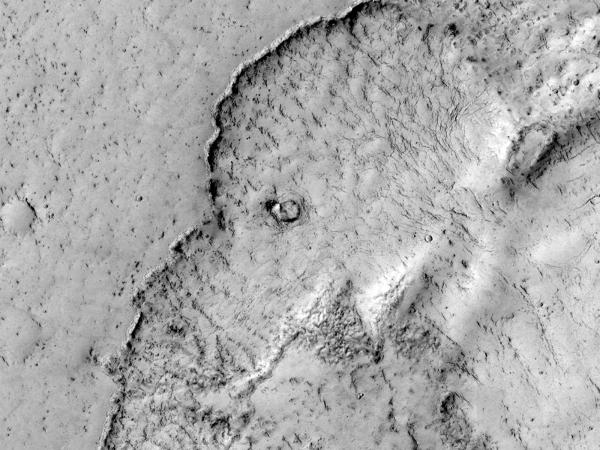 Mars Reconnaissance Orbiter - Of Elephants and Floods of Lava