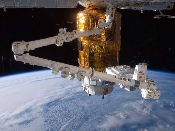 Canadarm2 and HTV-3