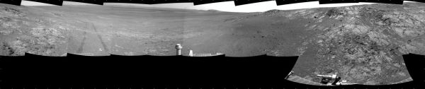 Opportunity's Surroundings on Sol 3105, on 'Matijevic Hill'