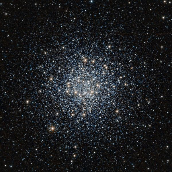 VISTA infrared image of the globular star cluster Messier55