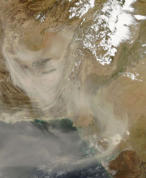Dust storms in Afghanistan and Pakistan (afternoon overpass)