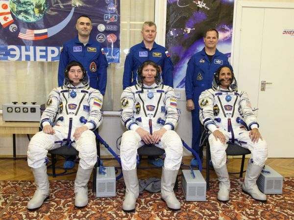 International Space Station - Expedition 31 and 32 Prime and Backup Crews