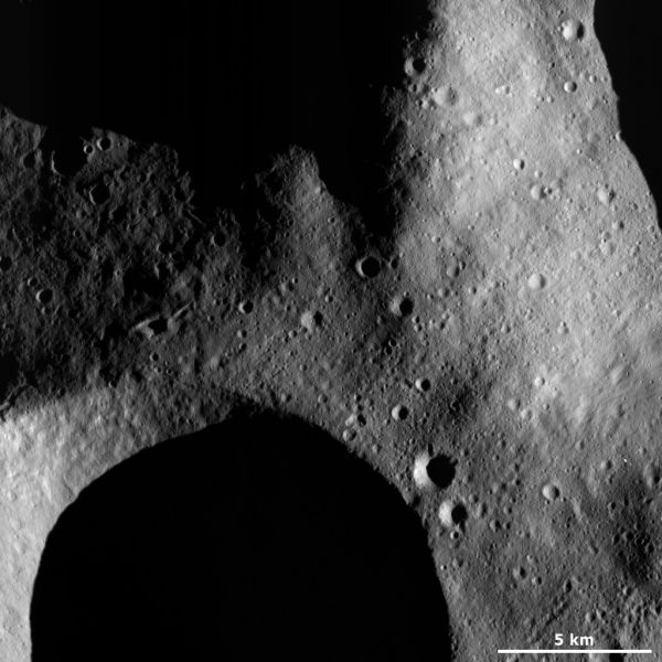 Vesta - Subdued and fresh craters