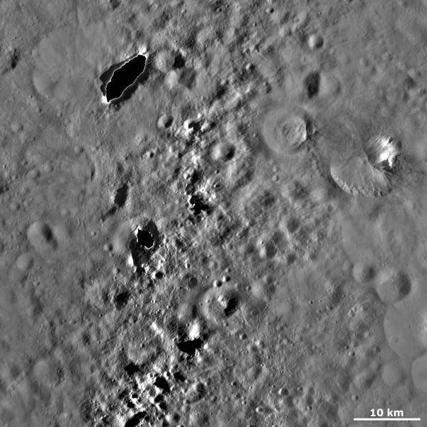 Vesta - Fabia crater