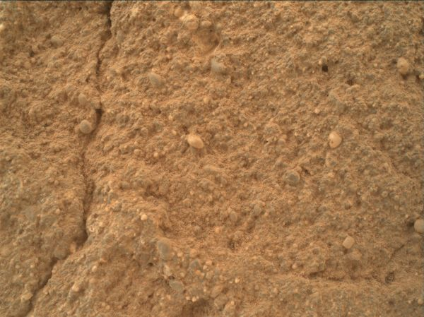 Diverse Grains In Mars Sandstone Target 'Big Arm'
