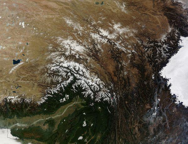 Tanggula Range, China