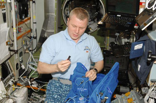 Cosmonaut Oleg Novitskiy Preps for Typologia