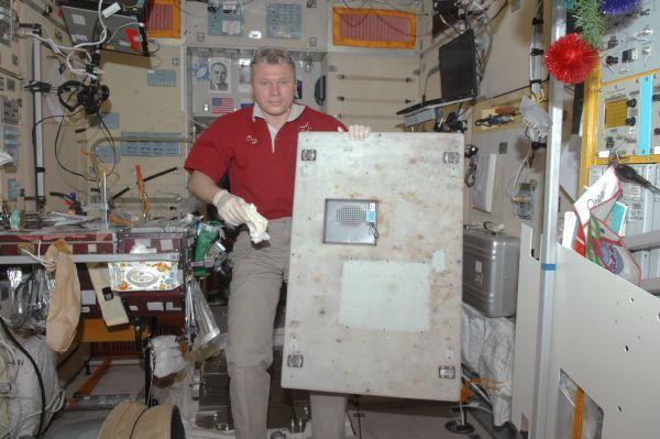 Cosmonaut Oleg Novitskiy in Zvezda