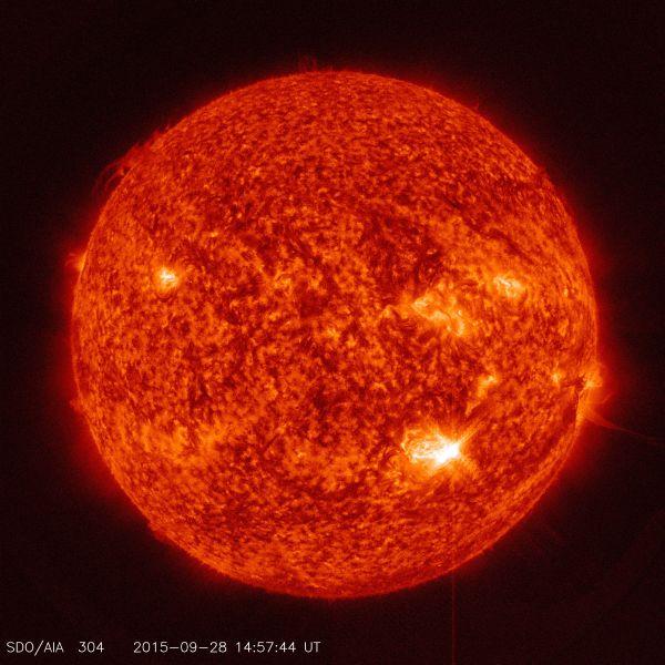 NASA's SDO Captures Image Of Mid Class Solar Flare