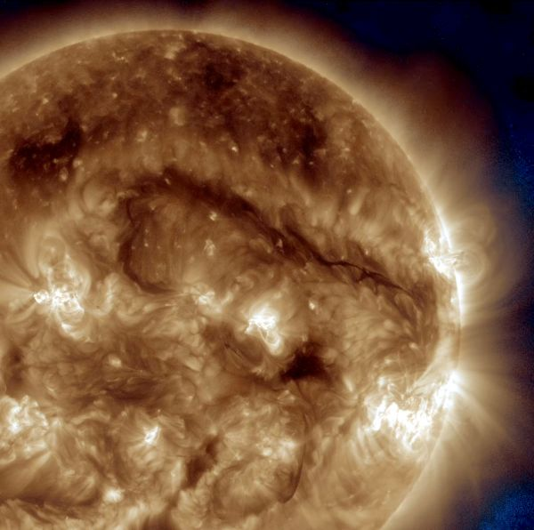 SDO Watches Giant Filament - 193+335 Wavelength