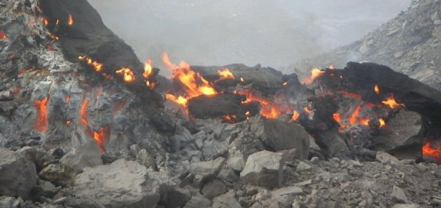 Underground fire has burned for 6,000 years - Unexplained Mysteries