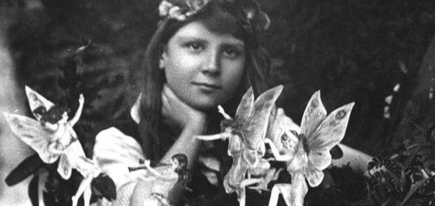 Cottingley fairies photograph goes on display News-cottingley-fairies